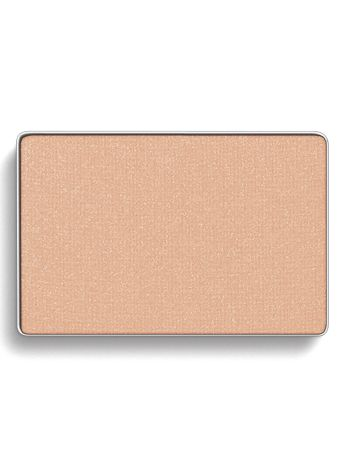 Use Spun Silk Mary Kay® Mineral Eye Color all over the lid for a soft, natural look.