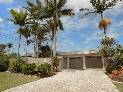 SPECIAL OFFER: STAY JUNE-JULY 2015 AND... - HomeAway Mooloolaba