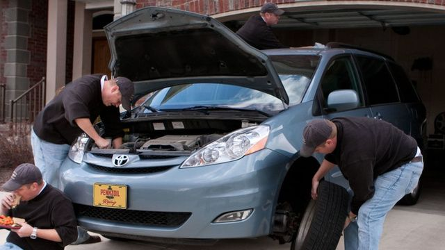 The Preventive Maintenance You Need to Do On Your Car / LifeHacker