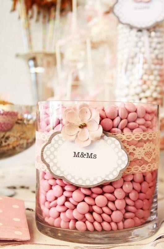 Beautiful and delicate tag // hermosa y delicada etiqueta.