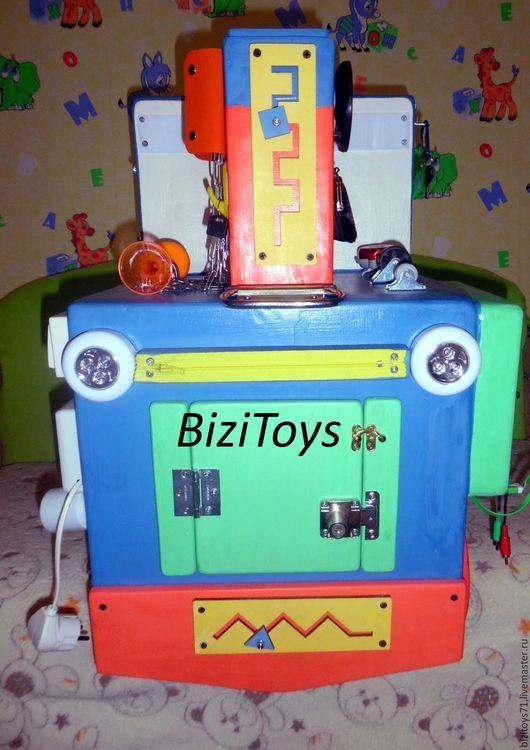 Развивающие игрушки ручной работы. Бизибокс Паровоз, бизиборд (бизитранспорт). Анастасия (BiziTOYS). Ярмарка Мастеров. Паровоз, развивающая игрушка