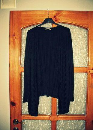 Kup mój przedmiot na #vintedpl http://www.vinted.pl/damska-odziez/dlugie-swetry/10325482-sweter-czarny-asymetryczny-marki-orsay-rozmiar-uniwersalny-pasuje-na-s-m-l