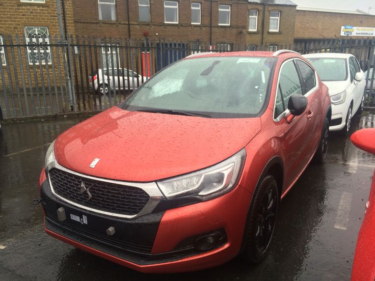 Ds4 Crossback call Simon for fast delivery cars. 01484 535341 ext 107