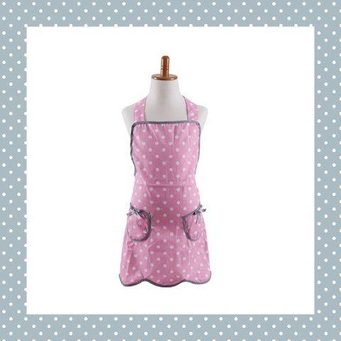 Vrolijk gestippeld kinderschort in roze/wit met grijze zakjes en grijze biesjes! Met losse linten in de nek altijd op de juiste maat vast te knopen. Ook zijn er een bijpassende ovenwant en een schort voor een volwassene! http://dekinderkookshop.nl/product/schortje-stip-roze/