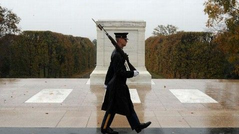 Soldier guarding Tomb of the Unknown Soldier during Hurricane Sandy- this is a TRUE dated picture of Mon. Oct. 29th. 2012