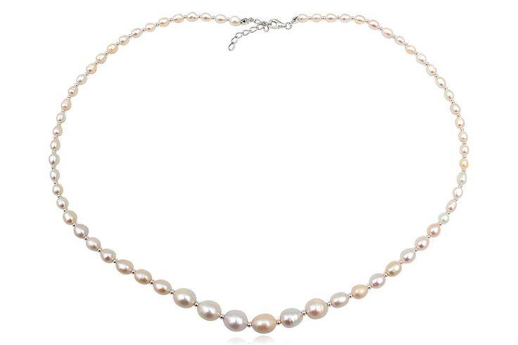 Colier din perle albe de cultura si argint 925. Comanda acum pe: http://www.lafemmecoquette.ro/colier-din-perle-naturale-albe-si-argint/