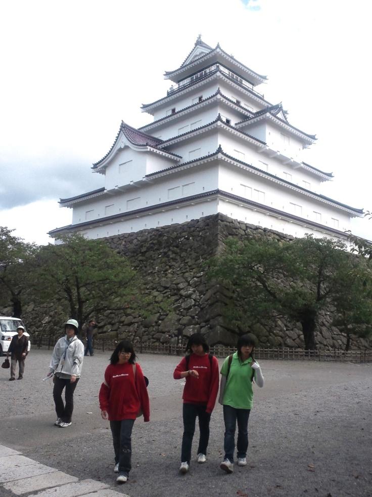 会津城,前の子供たちは撮る時、削除するつもりでしたが、結局残しちゃいました (・・。)ゞ テヘ