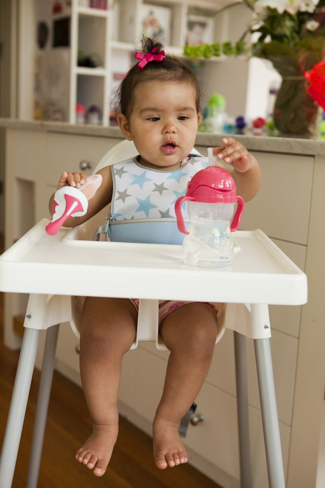 Let's babies explore new food tastes, textures and colours in a fun but safe way. http://www.bbox.com.au/the-essential-mesh-feeder