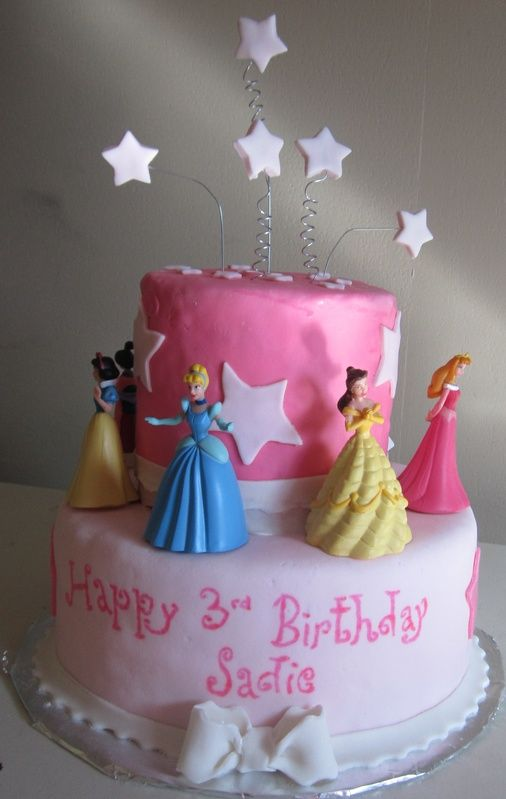 Princess Birthday Cake We have all these princesses!