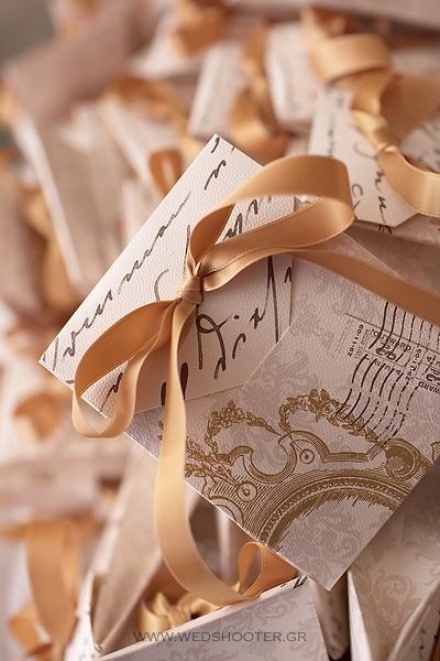 http://www.atelier-invitations.gr/