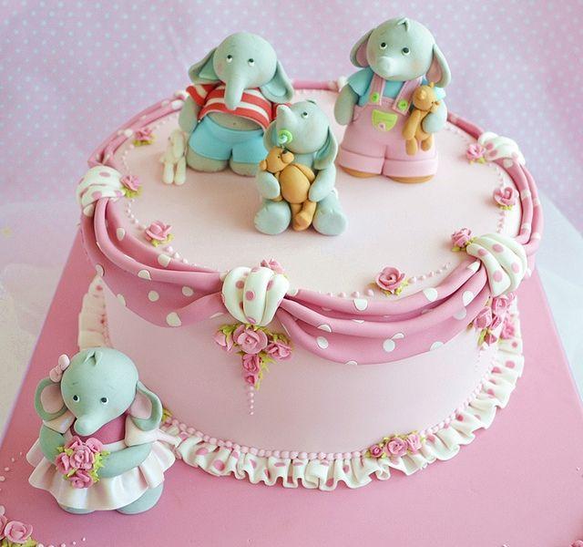 Polka Dot cake for Squire Kitchen  by deborah hwang, via Flickr