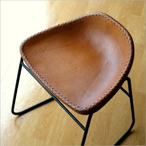アイアンと本革のスツールA | キャメル レザースツール レザーチェア 本革張り 椅子 デザインスツール かっこいい カフェチェアー アンティークスツール ヴィンテージ 革椅子 。本革スツール デザイン レザースツール 本革椅子 スリム 軽量 アイアン アンティーク リビングチェアー 玄関椅子 いす チェアー イス おしゃれ シンプル スタイリッシュ モダン レトロチェア 本革張り レザーチェア アイアンスツール アイアンと本革のスツールA