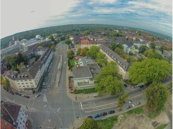 Diese Multicopter-Aufnahme entstand über dem Holsterhauser Platz in Richtung Margarethenhöhe.