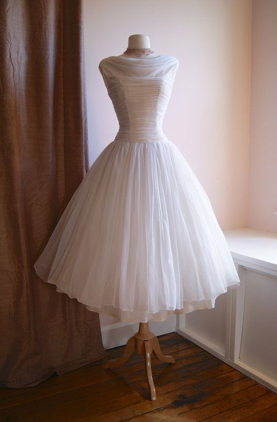 Vintage Style Wedding Dresses Portland : S wedding dress vintage reserved chiffon tea
