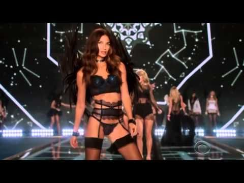 Taylor Swift - Style (Victoria's Secret Fashion Show 2014)