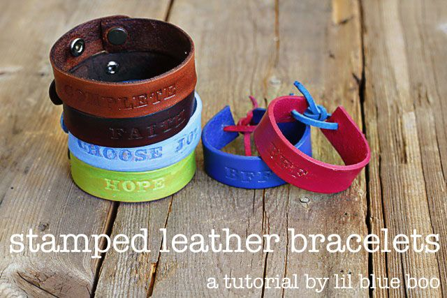 Stamped Leather Bracelets - DIY Tutorial via lilblueboo.comHands Stamps, Diy Tutorial, Stamps Leather, Decorating Ideas, Diy Gift, Diy Leather Stamps Bracelets, Bracelets Diy, Friendship Bracelets, Leather Bracelets
