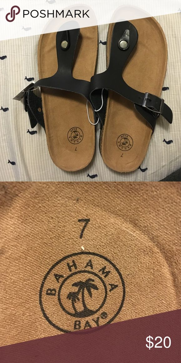 size 7 BIRKENSTOCK flip flop lookalike You cannot even tell the difference. Brand new with tags! Make an offer :) looks just like gizeh sandals Birkenstock Shoes Sandals