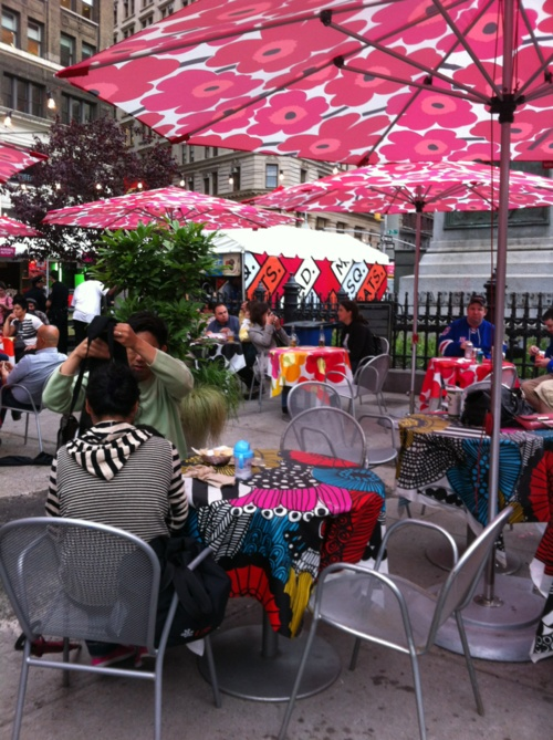 Marimekko cloth -- love this floral design. Makes such bright, cheerful patio umbrellas! #Finland