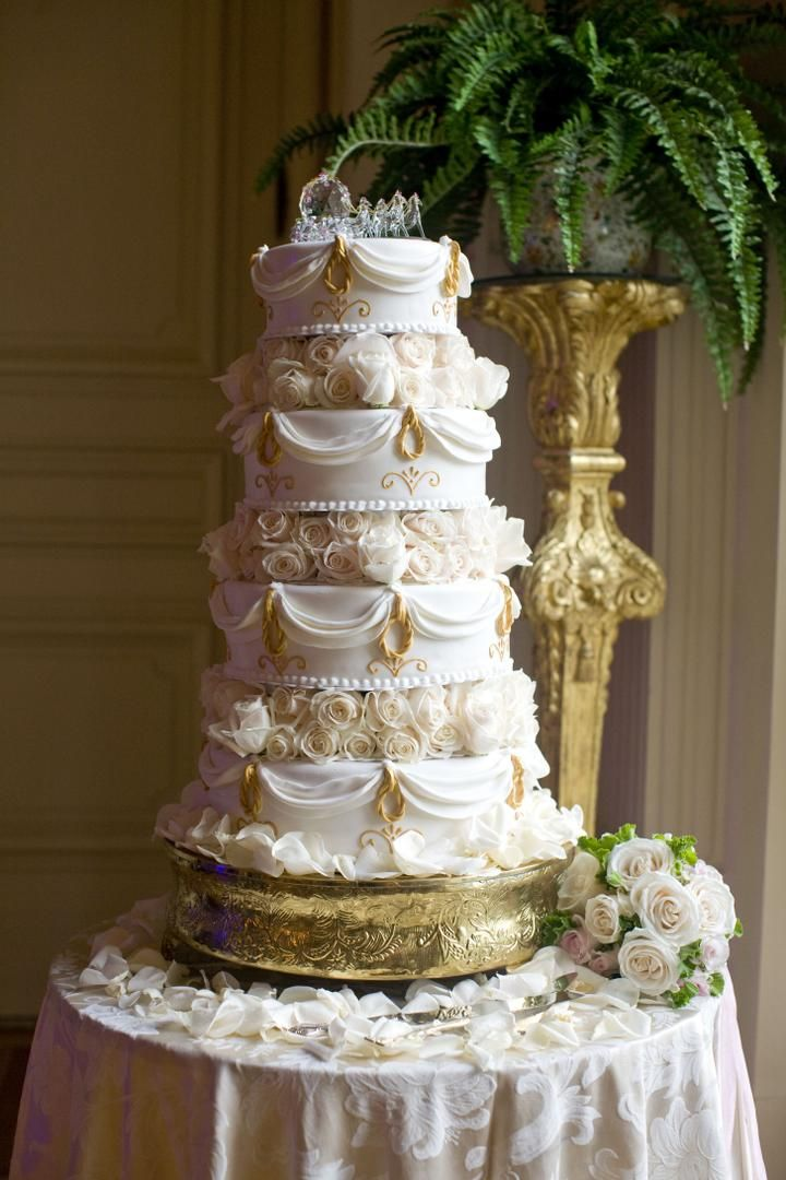 Elegant All White Affair At Rosecliff Mansion In Rhode