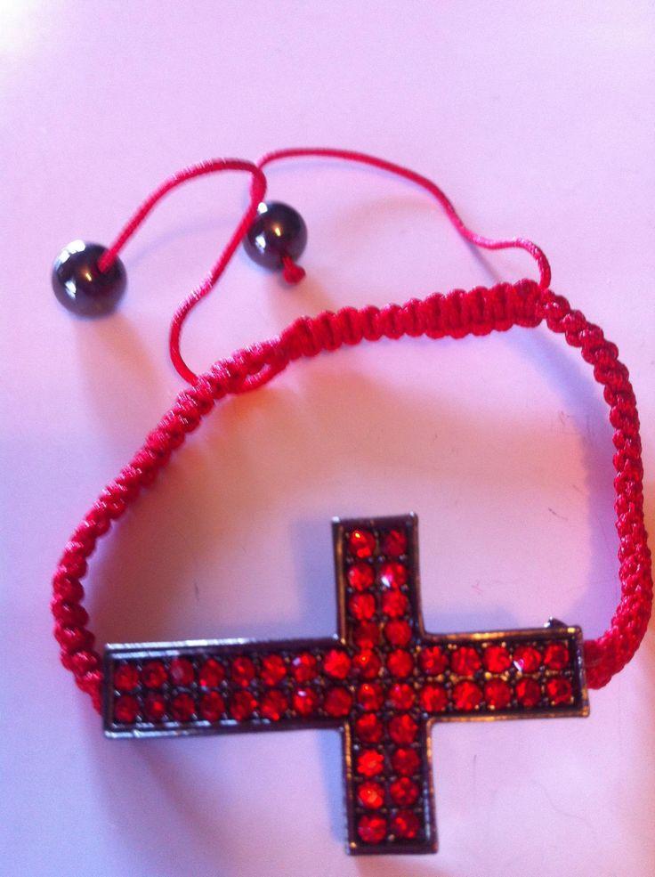 Simple String Cross Bracelet | Triple MJ