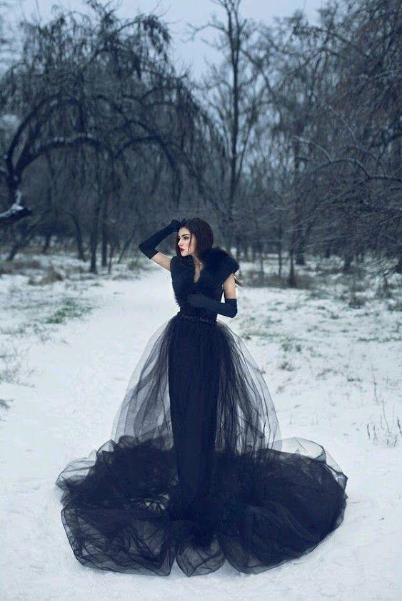 Профессиональный фотограф Анастасия Суслова предлагает сделать портфолио, свадебные фотографии, детское портфолио, студийные  фотосессии. С радостью создам волшебные и яркие образы для Вас. fotokiev.org