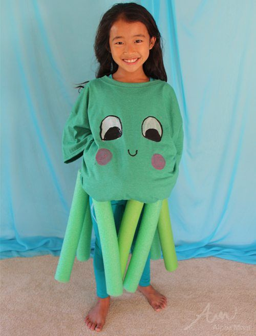 Next up in our Under-the-Sea Halloween costume series is the Octopus. Very easy to make, especially if you have pool noodles from the summer that can be used.