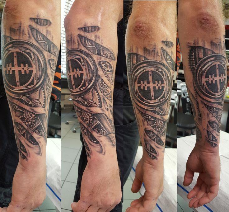 105 besten tattoos bilder auf pinterest tattoo ideen tattoo vorlagen und totenkopf tattoos. Black Bedroom Furniture Sets. Home Design Ideas