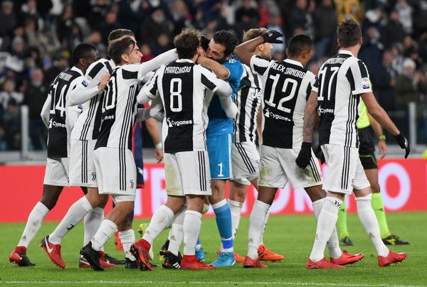 Mattia De Sciglio of Juventus celebrates after scoring his team second goal during the Serie A match between Juventus and FC Crotone at Allianz Stadium on November 26, 2017 in Turin, Italy.