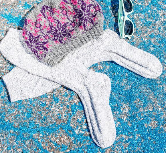 Neuleohje: Palmikkosukat – Kotiliesi.fi - Knit socks