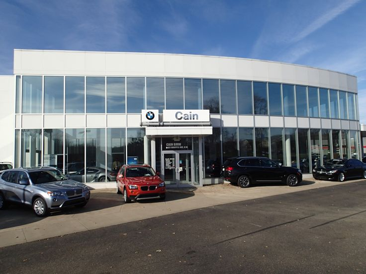 Cain's Gorgeous BMW dealership!
