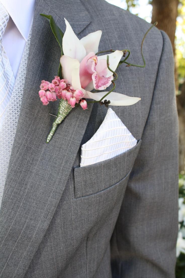 Best 25 Groomsmen Onholes Ideas On Pinterest Usher Onhole Wedding Accessories And