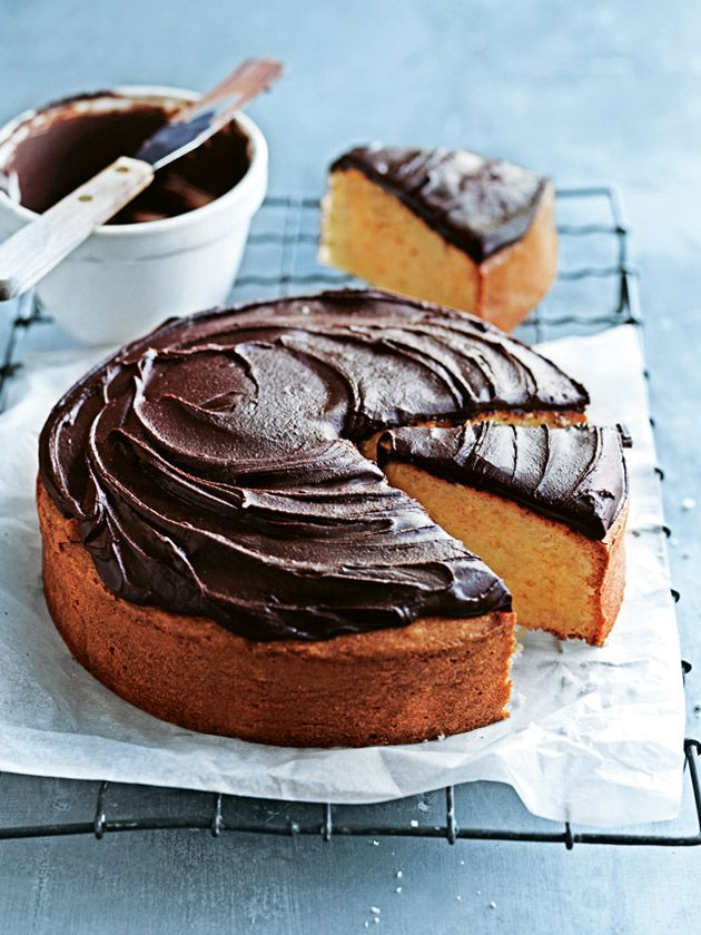 This simple vanilla cake with chocolate icing will be a delight for everyone.