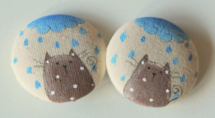 coppia bottoni stoffa dipinti a mano gatti - hand painted fabric buttons cats