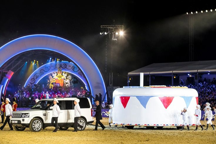 Jaguar Land Rover participa das celebrações dos 90 anos da Rainha Elizabeth II Na domingo (15/05), a Jaguar Land Rover uniu-se a milhões de pessoas em todo o mundo para celebrar o aniversário de 90 anos da Rainha Elizabeth II da Inglaterra, em um evento espetacular promovido no castelo de Windsor, no Reino Unido. A […]