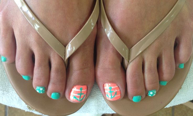 Beach wedding! Turquoise and coral toes