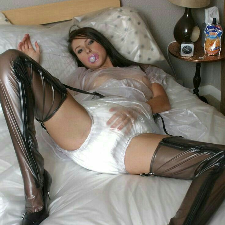Having pleasure in pantyhose