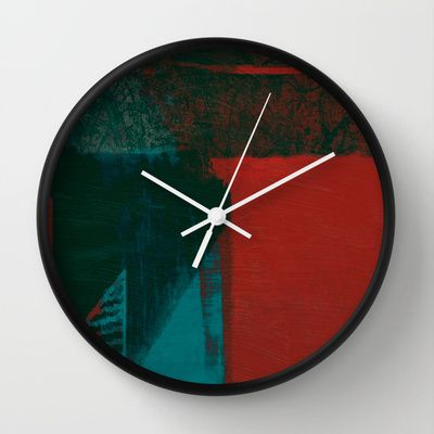 Turno da Noite Wall Clock by Fernando Vieira