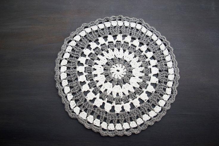FOR SALE .... Cotton Placemats 31cm