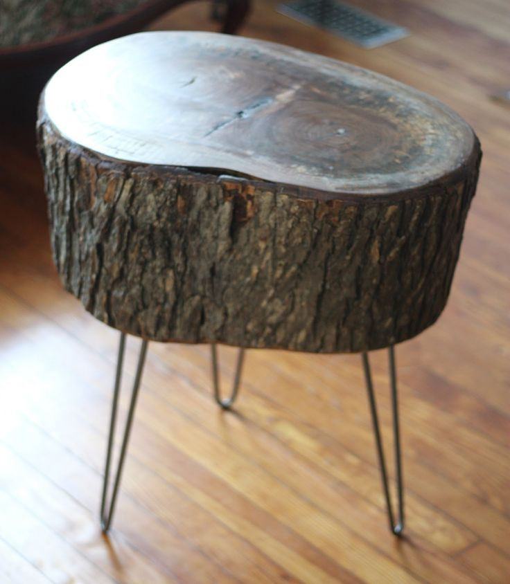 17 Apart: How To: DIY Stump Table. Would Be So Cool In My Room With Glam  Glass Lamp On It!