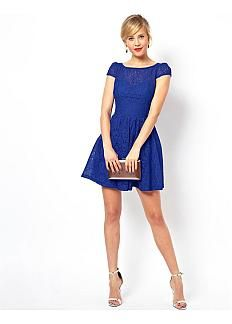 Charming Lace Bateau Neckline Short A-line Cocktail Dress