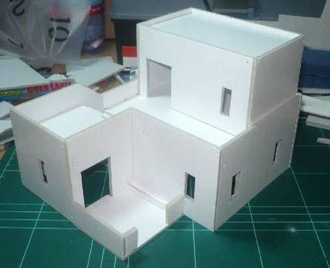 Casa Arabe fabricada en Carton PLuma - Escala 28 mm.