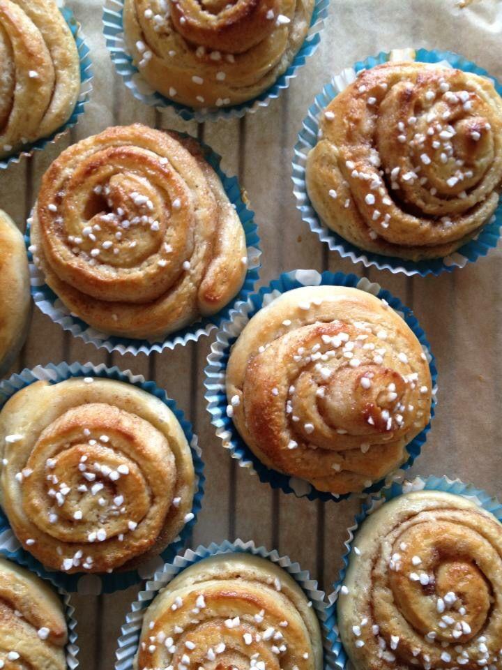 Swedish cinnamon swirls aka 'kanel bullar'  Flavoured with cardamom, cinnamon and vanilla.xx