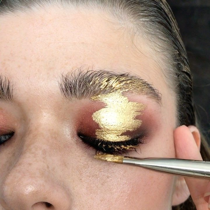 "3,532 Likes, 42 Comments - Olga Fox (@olga_fox) on Instagram: ""Liquid gold ⭐️ Makeup @olga_fox Gold by @mehronmakeup"""