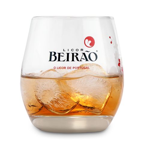 Copo Licor Beirão http://loja.licorbeirao.com/collections/material-de-bar/products/copo-licor-beirao