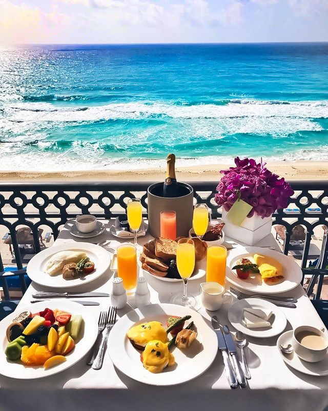 Красивый завтрак у моря картинки добавляем