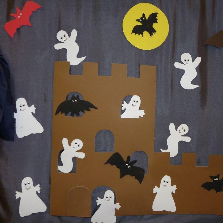 Machen Sie Geister Hexen Und Geister Zu Einer Gruseligen Halloween Dekoration Grosse Scary Halloween Decorations Creepy Halloween Decorations Scary Halloween
