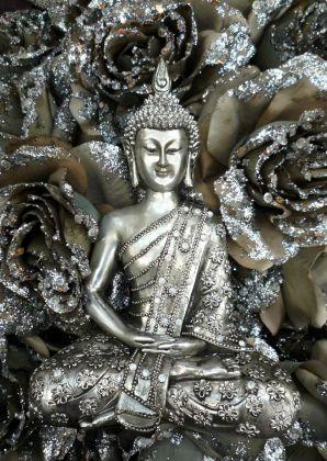 Buddha with silver roses, available as card on Kaartje2go - Creagaat Boeddha