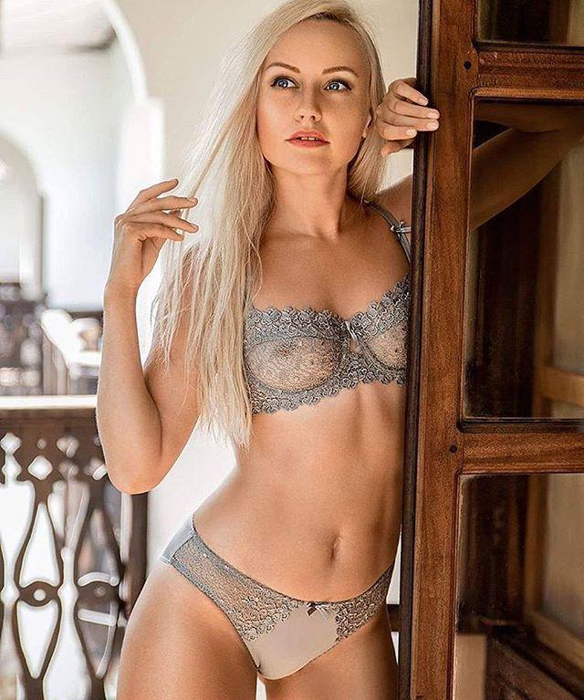 """🎀🎀🎀 @ig_for_beauty ・・・ #selfie #instagood #smile #follow #photooftheday#followme #happy #picoftheday #instadaily #amazing  #fun #summer #instalike #bestoftheday #smile #like4like#instamood#men#woman#sexy#fit#bikini#sexygirl#hot#hotgirl#beauty#beautifull"" by @ig_for_beauty. #ganpatibappamorya #dilsedesi #aboutlastnight #whatiwore #ganpati #ganeshutsav #ganpatibappa #indianfestival #celebrations #happiness #festivalfashion #festivalstyle #lookbook #pinksuit #anarkali #festivaloutfit…"