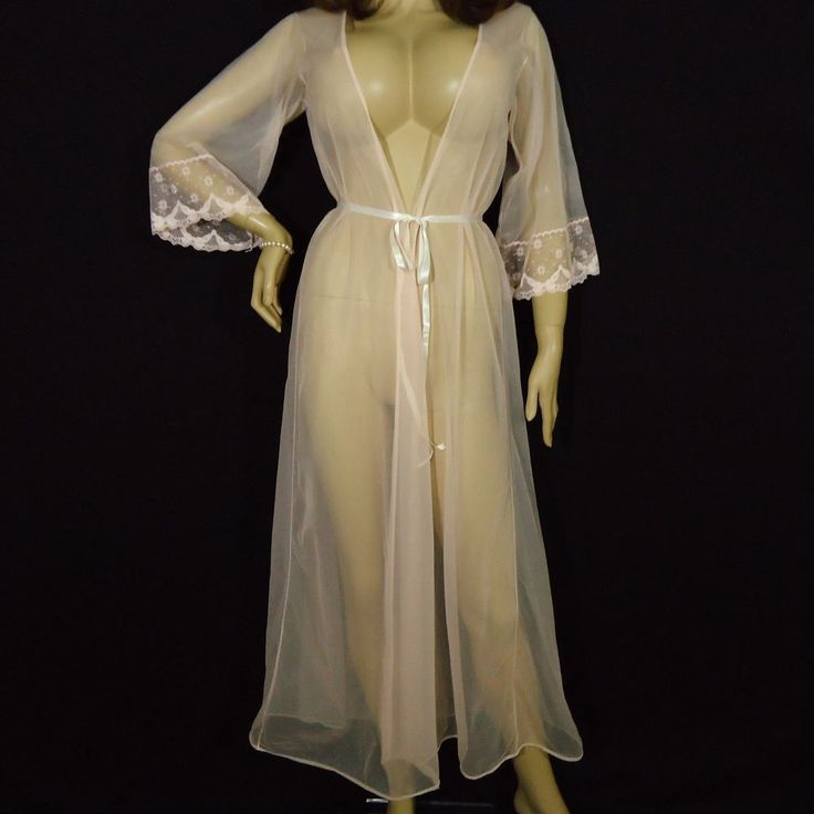 24 best Vintage Nightgown and Robe Sets images on Pinterest ...