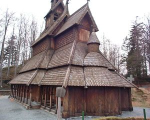 """Mead Hall: An accurate representation of the #Mead #Hall in Heorot owned by Hrothgar. The popular """"bar"""" at the time, which Grendel hated."""